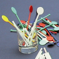 "COLOURED PLASTIC STIRRERS 5.5"" 140MM   250 PER PACKET"